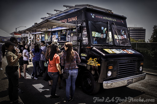 Vchos LA Food Truck Photo #2
